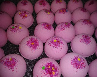 25 Wholesale bath bombs, pink with sprinkles, choose any fragrance