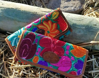 Handstiched Wallets/Guatemalan Wallets/Gift for Her/ Spring Accessory/Wallet/Colorful wallet/