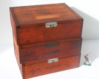 Wooden Boxes / 3 Dovetail Boxes from 1941 and 1939 / Great Shelf Storage and Decoration / Authentic Patina