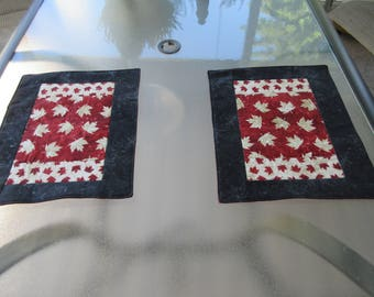 Quilted Place mats, Quilted Canadian Place mats, Canada Day, Canada's 150th, Canadian Place mats, Maple Leaf, Canadian Maple Leaf,