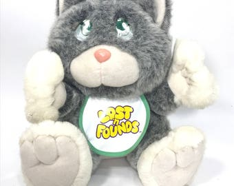 Vintage 1989 Galoob Lost 'N Founds Gray Kitty Cat with Bib (#14) E02