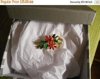 Vintage 1960s Gerrys Signed Poinsetta Christmas Holiday Pin Brooch