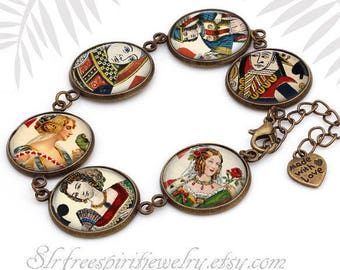 Anitque Playing Cards Bracelet, Queen Link Bracelet, Bridge Player Gift, Card Games, Cassino gift for women, Queen of Hearts, Card Suits