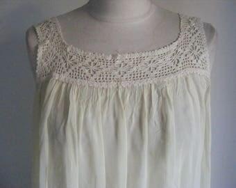 Vintage 1930s pretty pale lemon sheer chiffon nightdress hand crochet yolk medium size