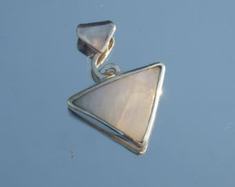 Pendant Moonstone & Sterling Silver 925 - triangle/pyramid/care/healing/gemstone/crystals/minerals