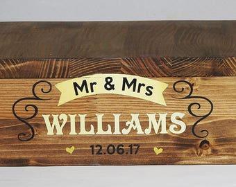 Huge Rustic Cake Stand, Custom Wedding Cake Stand, Rustic Wedding Decor -  wedding Wooden Box, wedding cup cake stand, Mr and Mrs box