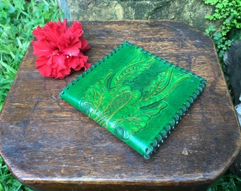 Vintage Green Tooled Leather Minimalist Men's Billfold Wallet With Coin Purse