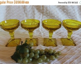 SALE Rare Set of 4 Heisey Glass Experimental Gold Champagne or Sherbet Glasses - Twist Pattern