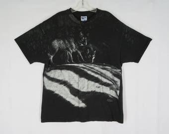 Vintage Wolf T-shirt XL Wolves Tee Black Cotton 1992 USA