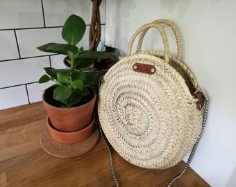 Small round basket with chain, round basket, basket bag