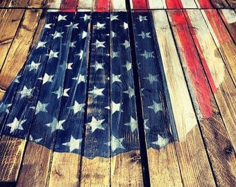 """Reclaimed Wood Planked """"American Flag"""" USA Map Wall Art (Small)"""