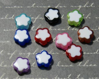 10 colored plastic stars beads