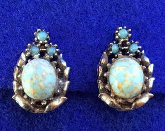 1940s Spider Turquoise Clip On Earrings