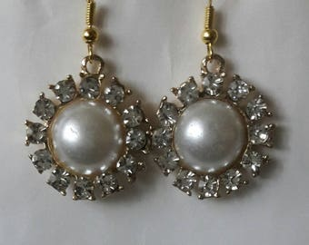 Pearl rhinestone flower drop earrings