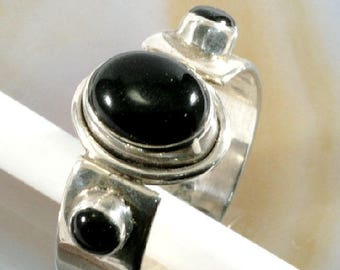 Onyx and 925 Sterling Silver, Ring  --   6267