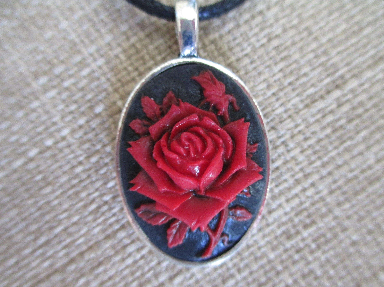 Cameo red rose pendant necklace audiocablefo light ideas