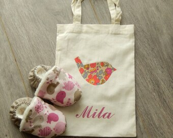 Stuffed baby booties and his little pouch personalized