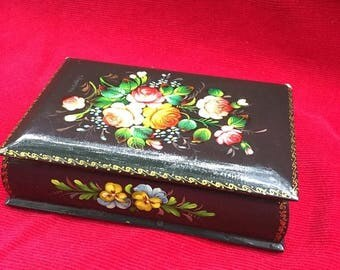 Hand Painted Signed Black Lacquer Russian Rose Trinket Box  USSR Vintage Khohloma