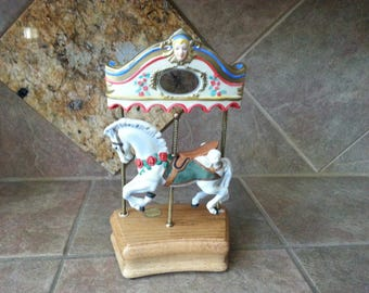 "Willitts Design, Limited Edition, Tobin Fraley 12"" Musical Porcelain Carousel Horse Numbered Signed, Solid Oak Base, Excellent Condiition"