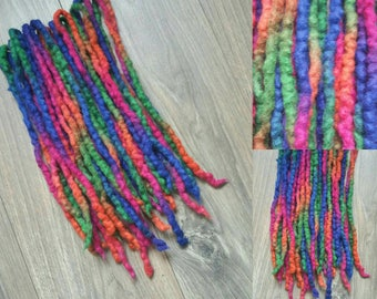 18DE colourfull wool dreads