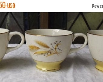 35% off Sale Tea Cup With Gold Wheat Motif Century Service Corp Alliance Ohio Autumn Gold Leaf Pattern Mid Century Vintage China