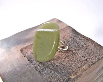 Kaki Green Glass and Silver Ring, Silver Jewely, Glass Jewelry,
