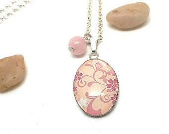 Necklace pink long cabochon glass pink flowers amid pink natural Pearl