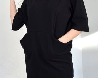 Loose tunic in black/ Oversized tunic with pockets/ Loose blouse.