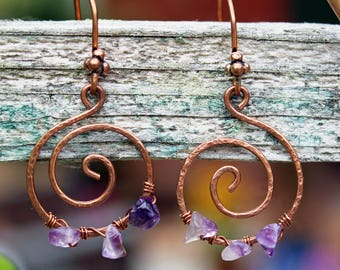 Textured Copper and Amethyst Spiral Swirl Drop Earrrings - Natural Gemstone Chips , February Birthstone , Solid Copper , Purple , Wire Wrap