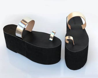platform sandals for men, platform toe ring sandals, leather upper, synthetic sole, statement sandals, costume cosplay, 4 inch 10cm tall