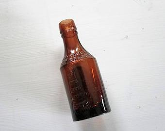 Silver Churn Butter Colour Bottle, Brown Glass Bottle, Antique Bottle, Small Bottle, Collectable Bottle.