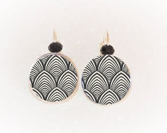 Earrings sleepers silver cabochon black and white Japanese wave/fan