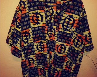 90 bold print xl button down short sleeve top