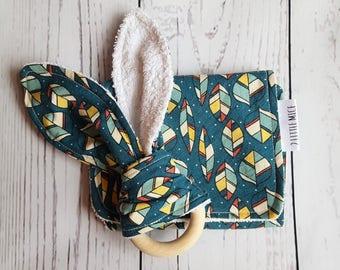 Organic Newborn Gift, Burp Cloths, Wooden Teething Ring, New Baby Gift, Baby Girl Gift, Baby Boy Gift, Organic Baby Gift, Baby Shower Gift
