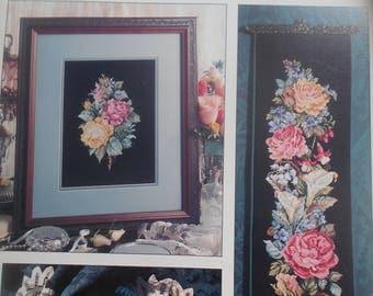 Heirloom Bouquets, Leisure Arts, Pattern Leaflet #2125, 1991