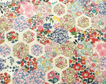 "Patchwork Stories A Liberty fabric tana lawn 10"" x 10"" square (25,4 cm x 25,4 cm) white blue yellow red green pink The Weavers Mill"