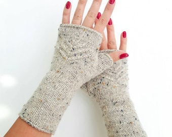 Knit fingerless gloves tweed knitted arm warmers hand warmers hand knit wrist warmers beige wool gloves winter mittens