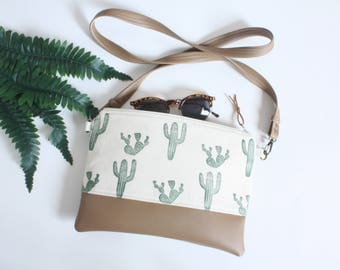 Cactus Block-Printed Clutch With Strap, Cactus Messenger Bag, Succulent Vegan Bag, Cacti Pleather Purse, Handprinted cactus clutch