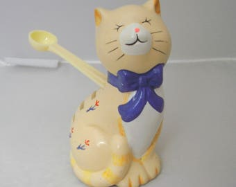1988 Yellow Ceramic Cat Measuring Spoon Holder