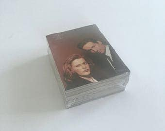 X-Files Trading Cards, Topps Vintage 72 Card Complete Set, Season 3, Mint in Cello Wrapper, Agent Mulder, Scully, Truth is Out There