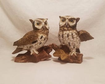 HOMCO OWL FIGURINES Statue Perched Barn Woodland Ceramic Porcelain Bird Collectible Décor Taiwan Vintage Retro