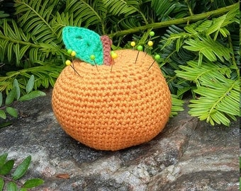 Crochet Pincushion, Amigurumi Orange, Orange Pincushion, Novelty pincushion, Sewing Accessory, Pin Cushion, Crochet Fruit, Amigurumi Fruit