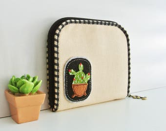 Cactus Lover (A) Mini Wallet - Plain Cream, Small Bi-fold Organizer Wallet, Zipper Coin Wallet, Fabric Coin Purse, Small Wallet