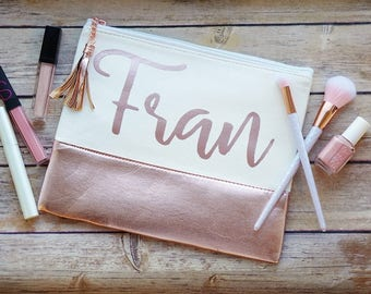 Maid of Honor Gift / Personalized Makeup Bag / Rose Gold Cosmetic Bag / Bridesmaid Proposal / Cosmetic Pouch / Bridal Party Gifts