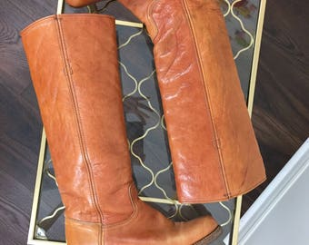 1970s Vintage Frye Leather Riding Boots - Campus Honey Brown - Knee High - Size 7 US