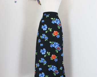 "1970s Skirt - Floral A-line Midi Maxi Skirt - Boho - Black Blue Orange Green - Winter Florals - Union Label - Size Large - 32"" Waist"
