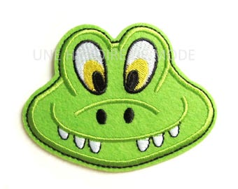 Patch, badge crocodile to sew or iron 93 x 72 mm