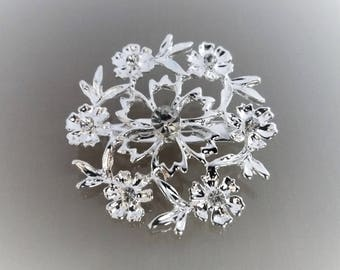 Flower brooch round 4cm metal color shiny silver and rhinestones