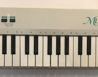 Reveal Musicstar MIDI Keyboard Controller Multimedia Music System Model MKB02