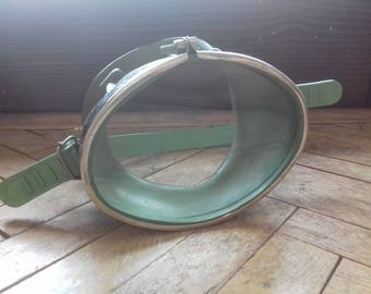 Vintage Rubber Scuba Diving Mask in mint green color,Swimming Mask,Diving accessories,Steampunk Supplies